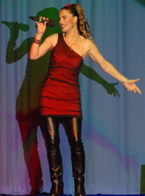 fiona shaw fiona shaw solo female vocalist