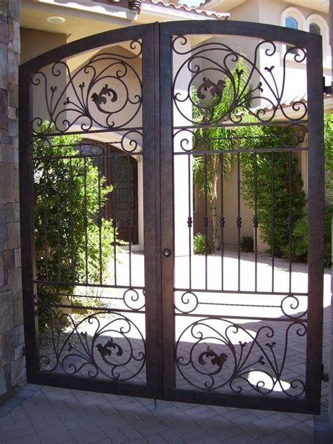 wrought iron fence lighting 17 best images about block walls and wrought iron gates on
