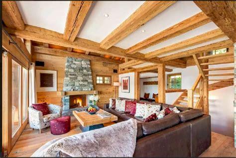 interni rustiche di montagna interni baite di montagna scale in legno rustiche per