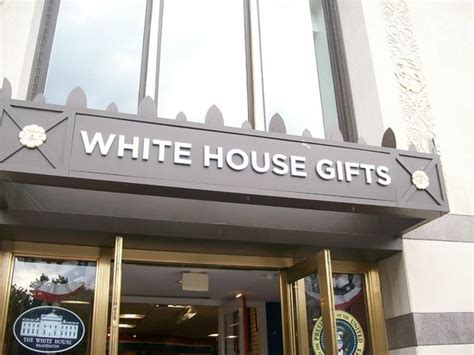 whitening shoo the many gifts at the white house gift shop picture of white house gifts washington