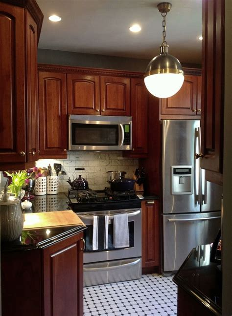 Cherry Wood Kitchen Cabinets With Black Granite 17 Best Images About Chelsea Gray Paint On Pinterest Oak Cabinets Oak Kitchen Cabinets And
