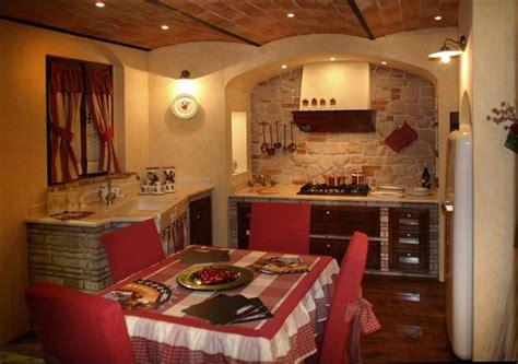 camini in pietra e legno grifo caminetti le nostre cucine in mattoni pietre