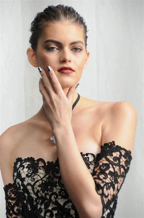 Get Look Kristen Bells Behnaz Sarafpour Dress 2 by New York Fashion Week Metallic Manicures At Behnaz