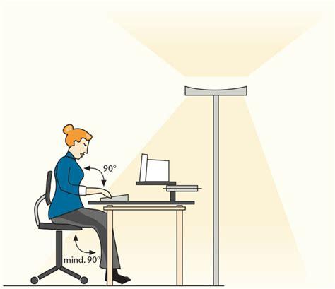 beleuchtung arbeitsplatz der g37 bildschirm arbeitsplatz brillenwerkstatt berlin