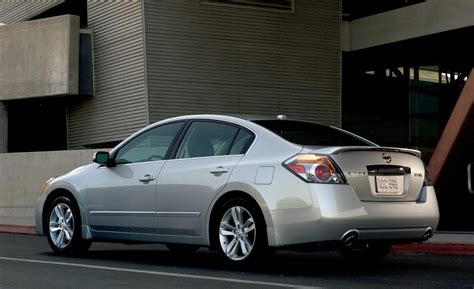 altima nissan 2010 car and driver
