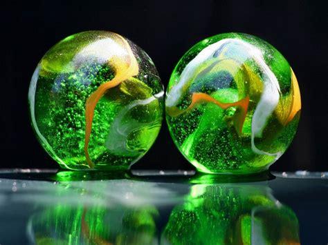 wallpapers glass balls desktop backgrounds