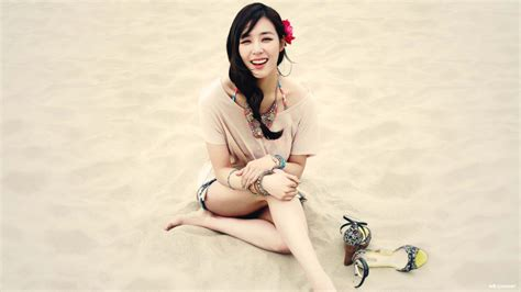 wallpaper laptop snsd snsd tiffany wallpapers wallpaper cave