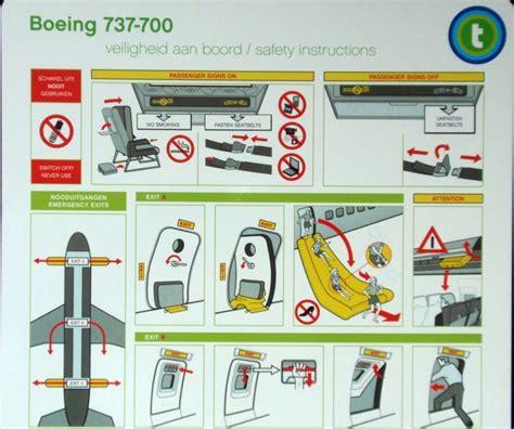 reddingsvest instructie vliegen is veilig 50pluswereld maakt verstandige