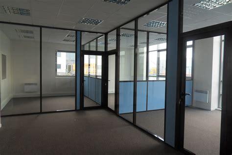 cloisonnement bureau les cloisons de bureau vitr 233 es toute hauteur espace