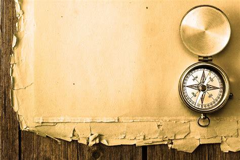 themes golden compass antique looking wallpaper wallpapersafari