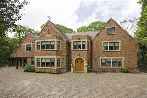 lambert house aston villa boss paul lambert s foxwood house in sutton