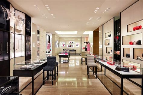 Display Work Apparel On Showroom Floors - chanel boutiques around the world fashion a luxury