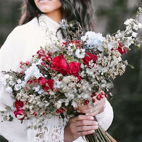 Wedding Bouquet Ideas For Winter 21 wedding bouquet ideas for winter that will inspire you