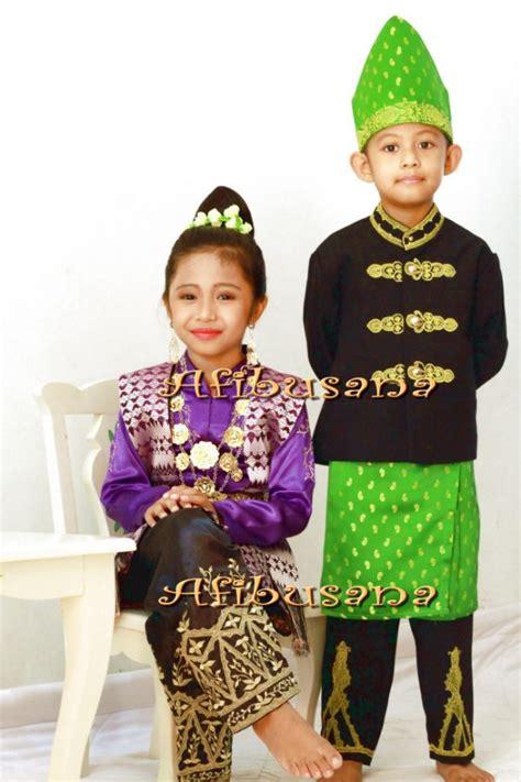 Baju Adat Aceh Untuk Pernikahan pakaian adat aceh pria wanita dan anak anak deskripsi lengkap