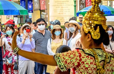 coronavirus cases thailand welcomes chinese