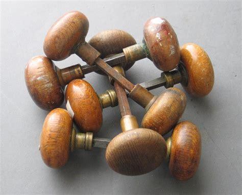 Wooden Door Knobs by 6 Classic Doorknobs For Houses House