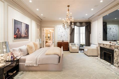 ues townhouse  hermes leather walls  smoking room