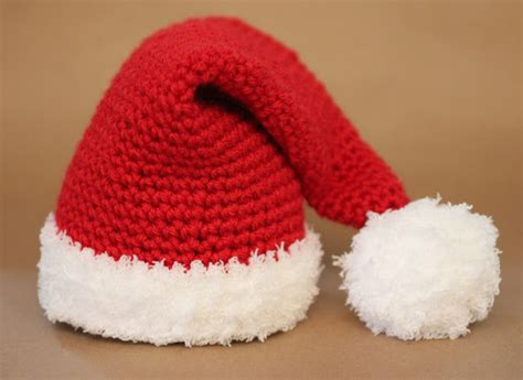 xmas hat pattern free crochet patterns free christmas hat and beanie