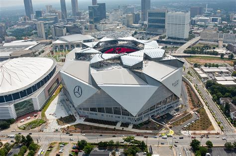 mercedes dealership in atlanta atlanta s soon to be open mercedes stadium roof