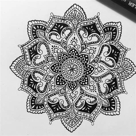 tattoo mandala fish 88 best mandala and mehndi art images on pinterest
