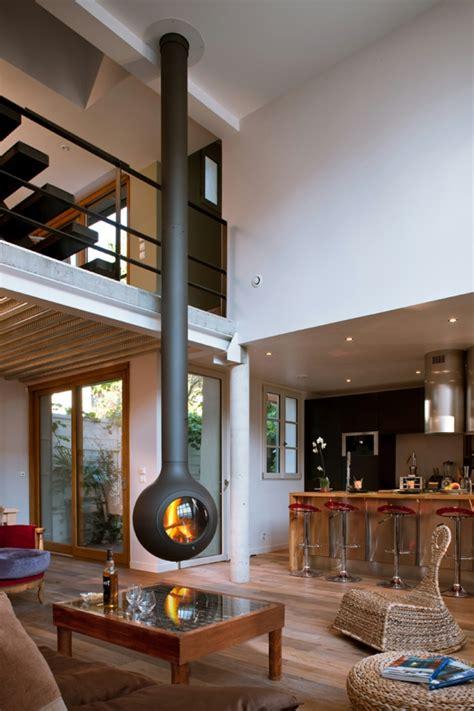 Feuerstelle Innen by 20 Einrichtungsideen F 252 R H 228 Ngenden Kaminofen Im Modernen Haus