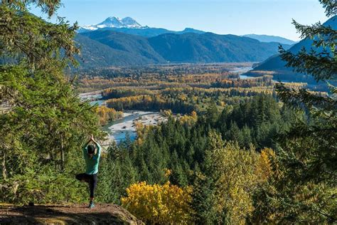 best places to see fall colors best places to see fall colours in squamish tourism squamish