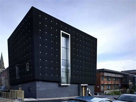 soundproof house three storeys soundhouse enveloped in black rubber freshome