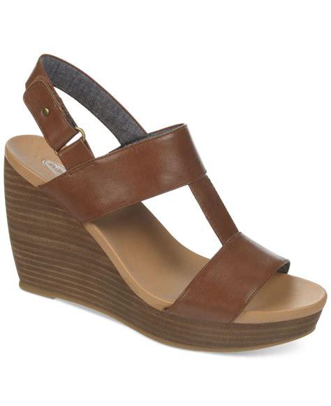 dr scholls sandals lyst dr scholls mica platform wedge sandals in brown