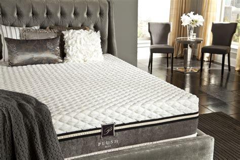 plush beds plushbeds heavenly 12 quot plush mattress reviews goodbed com