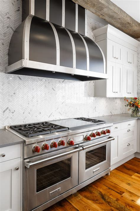 kitchen with height backsplash transitional