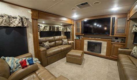 front living room 5th wheel for sale 25 best ideas about fifth wheels for sale on pinterest