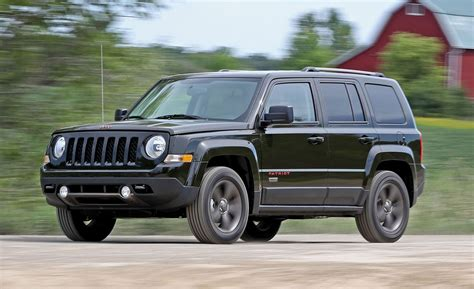 white jeep patriot inside 2016 jeep patriot 4x4 automatic