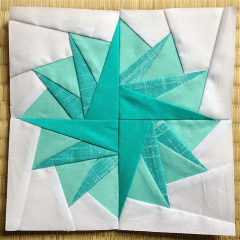 printable paper piecing pom pom paper piecing tutorial favequilts com