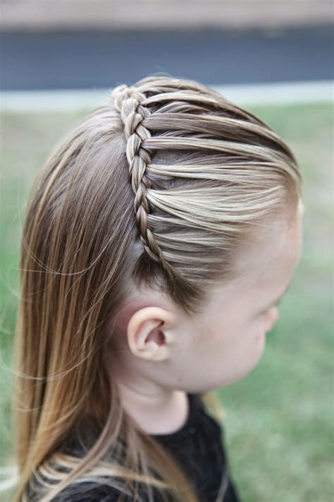8 easy little girl hairstyles sweetest bug bows girlie 25 little girl hairstyles you can do yourself