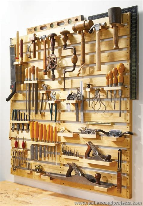 simple woodworking projects with tools hold everything pallet tool rack ideas pallet wood projects