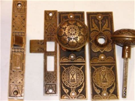 How To Restore Brass Door Hardware by Use An Ultrasonic Cleaner To Restore Brass Bronze And