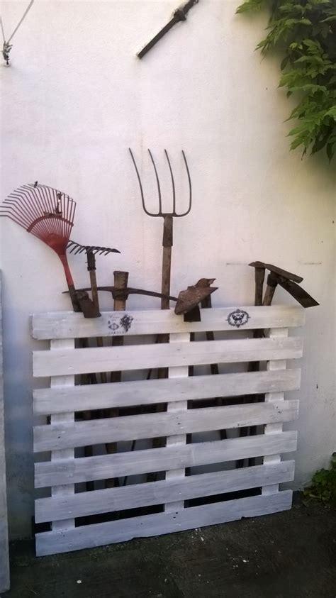 attrezzi da giardino pi 249 di 25 fantastiche idee su attrezzi da giardino su