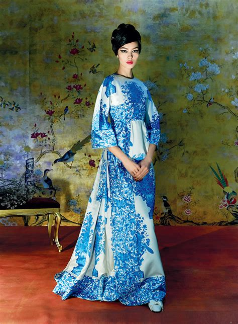 vogue and the metropolitan metropolitan museum of art presents china through the looking glass sunny jansen