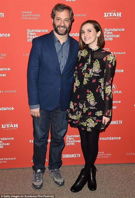 leslie mann emory judd apatow and daughter maude attend other people