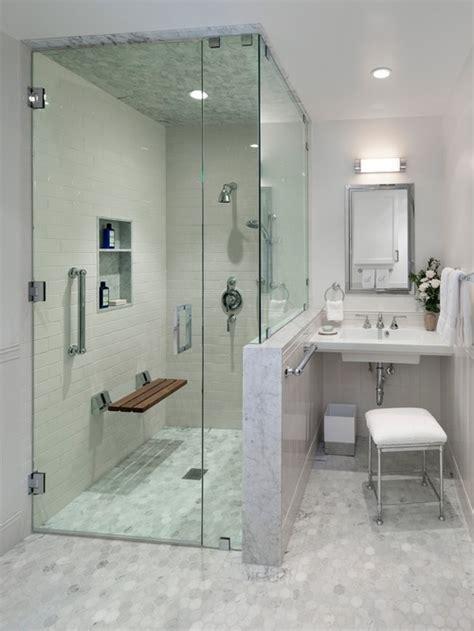 Klassische Badezimmer by Klassische Badezimmer Mit Wandwaschbecken Design Ideen