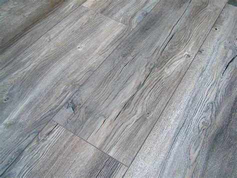 Grey Laminate Wood Flooring Harbour Oak Grey Laminate Flooring Pallet Deal Ac4 8mm 4v Groove Wide Plank Ebay Bright