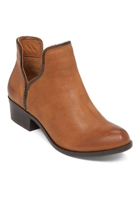 bcbgeneration boots bcbg bcbgeneration crush leather boots shoes shop it to me