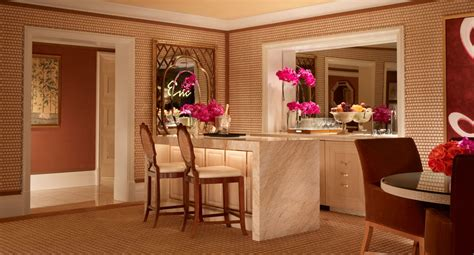 two bedroom apartments in las vegas luxury two bedroom apartment las vegas encore resort