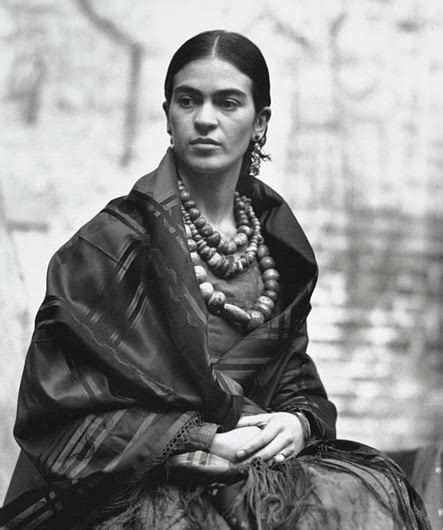 Biography Of A Young Artist | frida kahlo biography