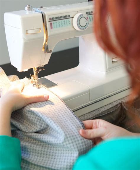 how to sew knit fabric without a serger sewing knits without a serger stretch fabric