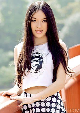 who is the pretty asian lady on the new viagra commercial pretty asian member yue yaya from shanghai 26 yo hair
