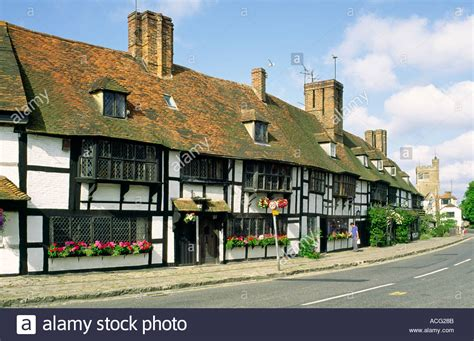 Cottages In Kent Uk by Houses Cottages In The Square Of The Of Biddenden