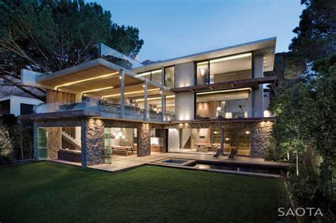 amazing modern houses modern cabinet incredible modern glen 2961 house by saota