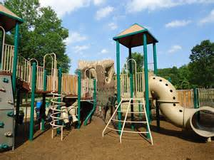 file childrens outdoor play equipment in park jpg wikipedia