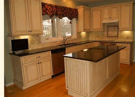 pin  whitney  diy update kitchen cabinets oak
